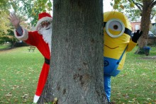 santa and minion
