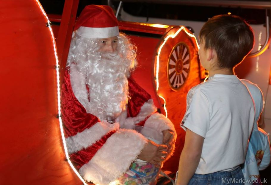 Marvelous The Ever Popular Santa Float Organised By Marlow Round Table, In  Conjunction With Local Schools Will Be Visiting Locations In Marlow  Throughout December.