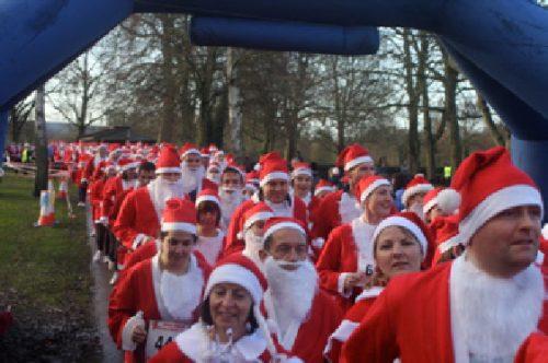 Marlow Santa Fun Run start
